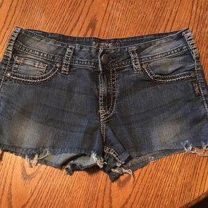 Silver Jeans Suki Cutoff Shorts 30